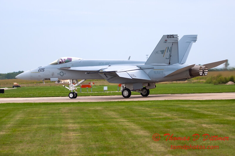 523 - Friday Practice at the Quad City Air Show - Davenport Municipal Airport - Davenport Iowa - August 31st