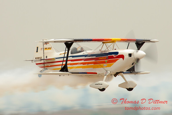 2057 - Sunday at the Quad City Air Show - Davenport Municipal Airport - Davenport Iowa - September 2nd