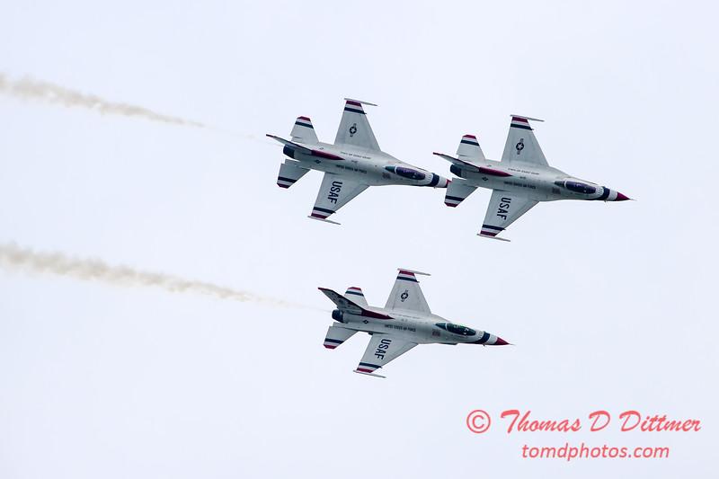 182 - Friday Practice at the Quad City Air Show - Davenport Municipal Airport - Davenport Iowa - August 31st