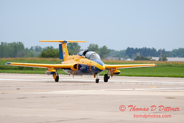 692 - Friday Practice at the Quad City Air Show - Davenport Municipal Airport - Davenport Iowa - August 31st