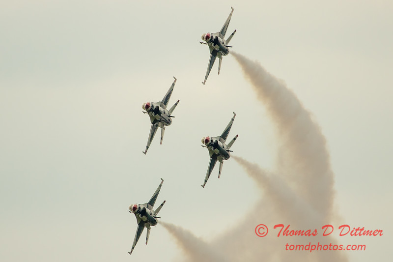 2812 - Sunday at the Quad City Air Show - Davenport Municipal Airport - Davenport Iowa - September 2nd