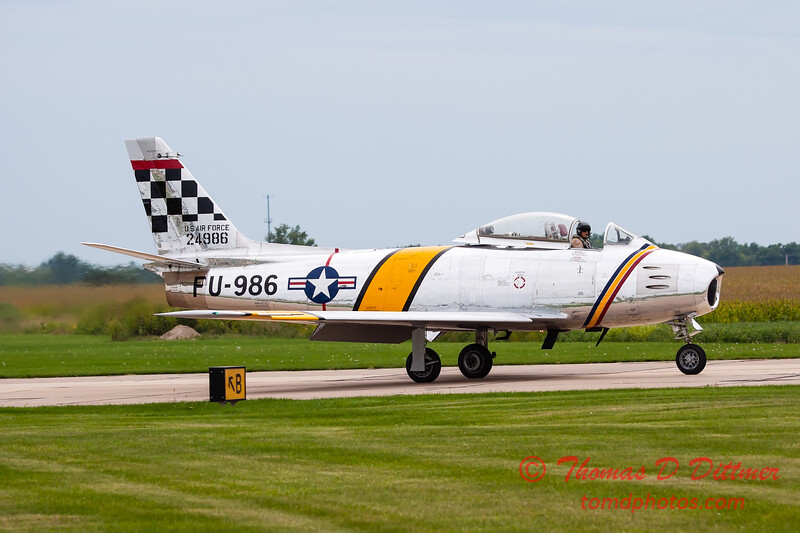 264 - Friday Practice at the Quad City Air Show - Davenport Municipal Airport - Davenport Iowa - August 31st