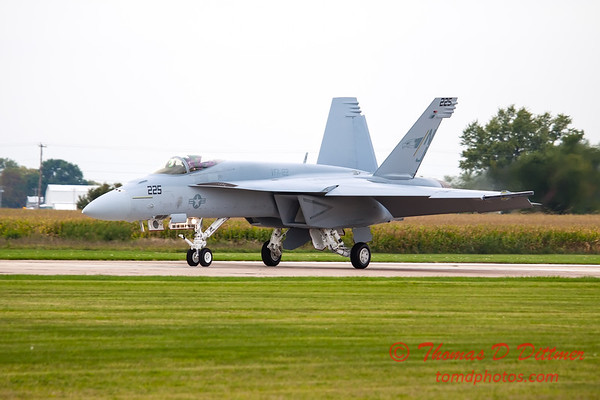 513 - Friday Practice at the Quad City Air Show - Davenport Municipal Airport - Davenport Iowa - August 31st