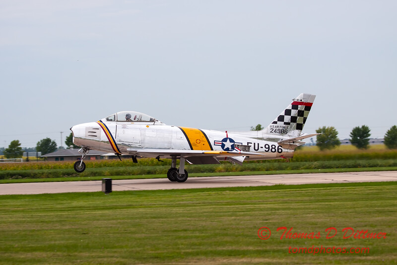 377 - Friday Practice at the Quad City Air Show - Davenport Municipal Airport - Davenport Iowa - August 31st