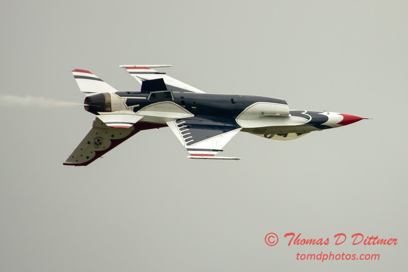 2757 - Sunday at the Quad City Air Show - Davenport Municipal Airport - Davenport Iowa - September 2nd