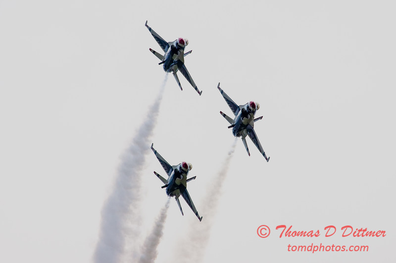 171 - Friday Practice at the Quad City Air Show - Davenport Municipal Airport - Davenport Iowa - August 31st