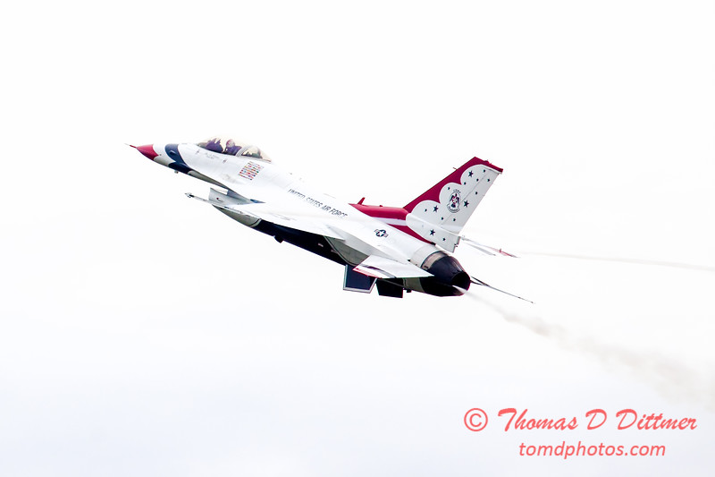 207 - Friday Practice at the Quad City Air Show - Davenport Municipal Airport - Davenport Iowa - August 31st