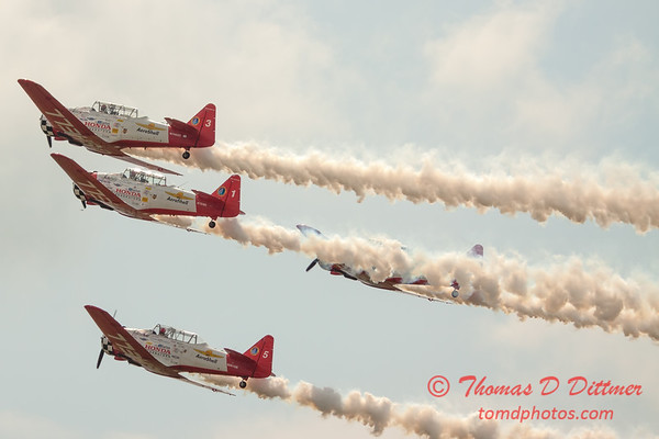 2717 - Sunday at the Quad City Air Show - Davenport Municipal Airport - Davenport Iowa - September 2nd