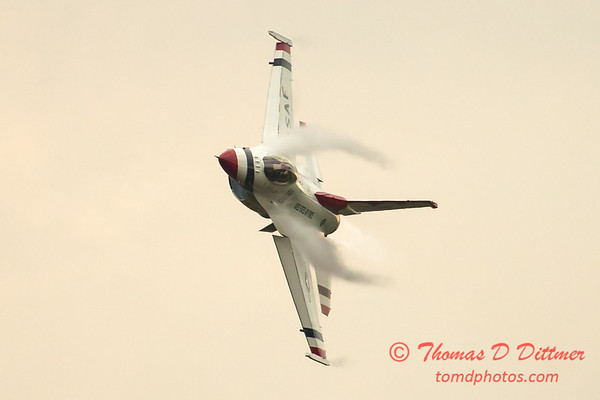 2801 - Sunday at the Quad City Air Show - Davenport Municipal Airport - Davenport Iowa - September 2nd