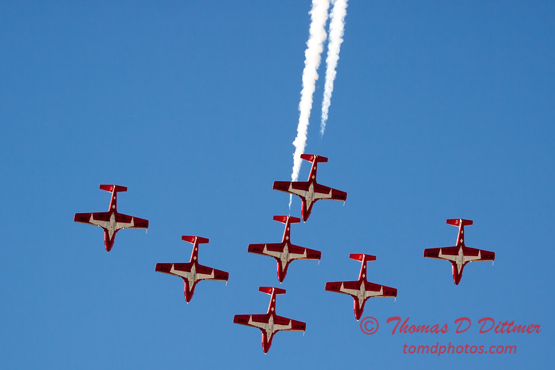 1655 - The RCAF Snowbirds performance at Wings over Waukegan 2012