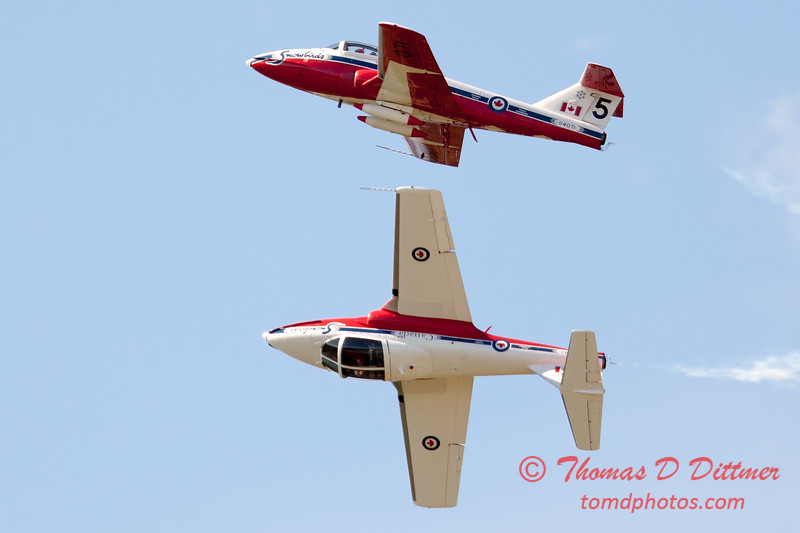 1625 - The RCAF Snowbirds performance at Wings over Waukegan 2012