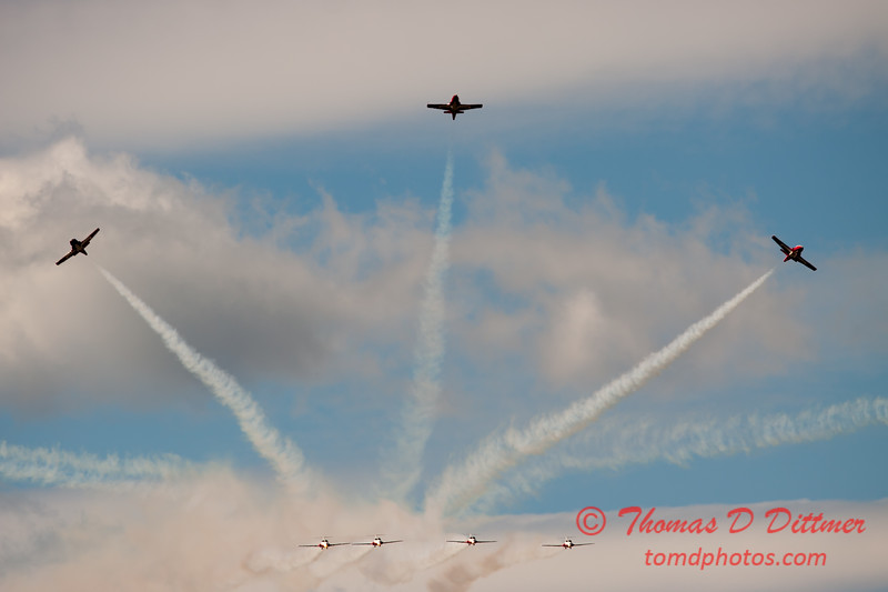 1433 - The RCAF Snowbirds performance at Wings over Waukegan 2012