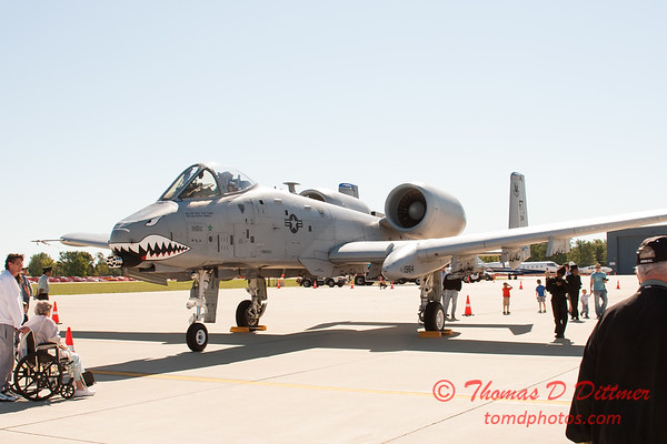 12 - A-10 East - A-10 Thunderbolt II (Warthog) on display at Wings over Waukegan 2012