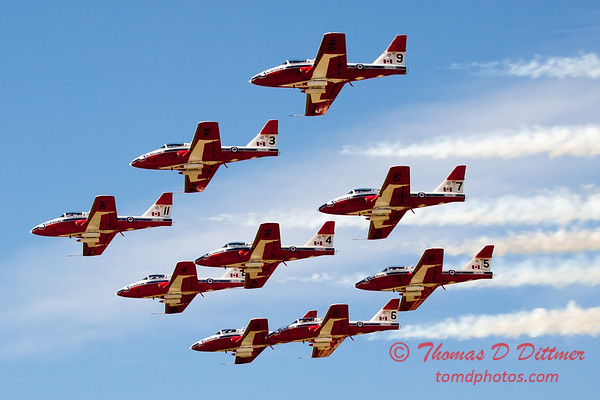 1786 - The RCAF Snowbirds performance at Wings over Waukegan 2012