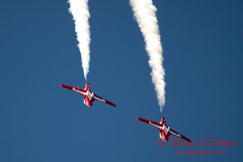 1618 - The RCAF Snowbirds performance at Wings over Waukegan 2012