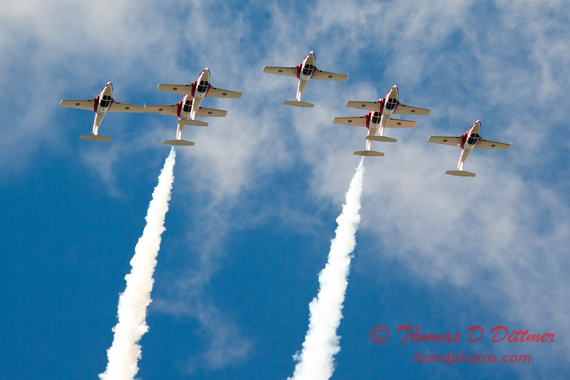 1646 - The RCAF Snowbirds performance at Wings over Waukegan 2012