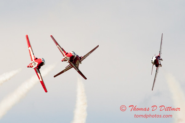 1439 - The RCAF Snowbirds performance at Wings over Waukegan 2012