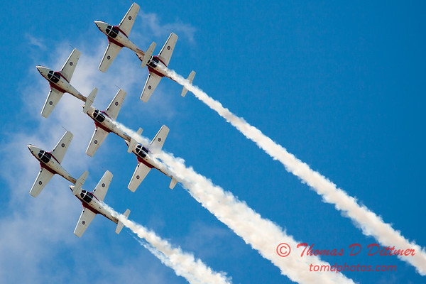 1539 - The RCAF Snowbirds performance at Wings over Waukegan 2012