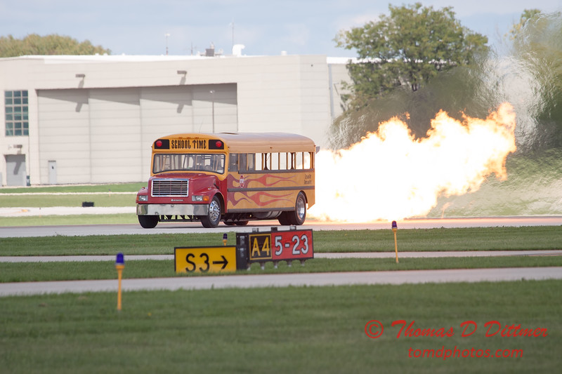 873 - Paul Stender and the Indy Boys School bus ignites the crowd at Wings over Waukegan 2012
