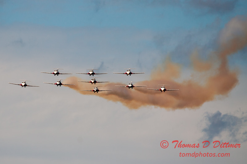 1380 - The RCAF Snowbirds performance at Wings over Waukegan 2012