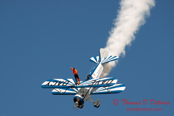 990 - Wingwalker Tony Kazian and Dave Dacy perform at Wings over Waukegan 2012
