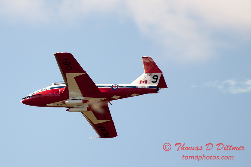 1628 - The RCAF Snowbirds performance at Wings over Waukegan 2012