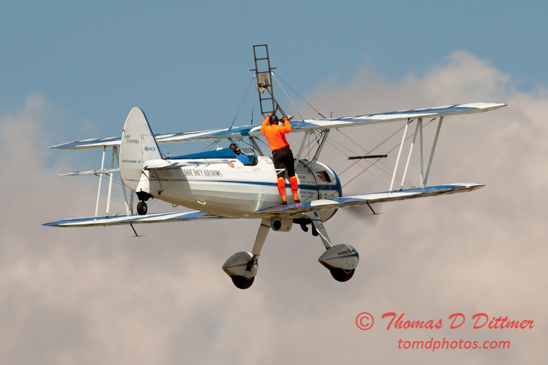970 - Wingwalker Tony Kazian and Dave Dacy perform at Wings over Waukegan 2012