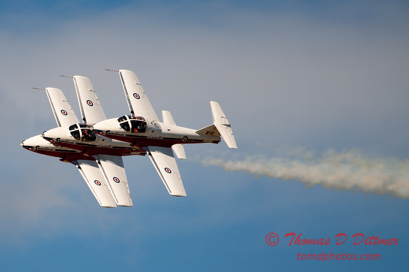 1505 - The RCAF Snowbirds performance at Wings over Waukegan 2012