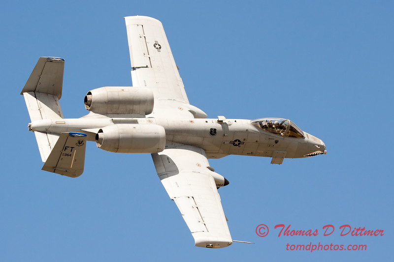 708 - A-10 East performs at Wings over Waukegan 2012