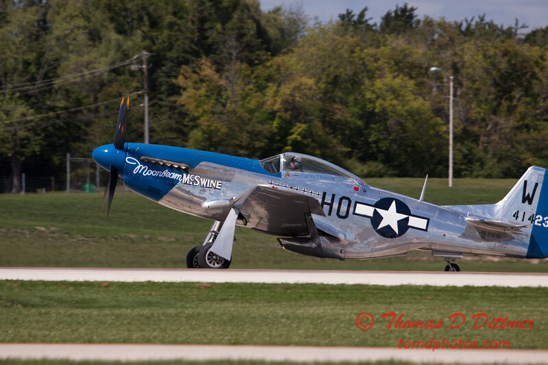 925 - Vlado Lenoch and his P-51 returns to earth at Wings over Waukegan 2012