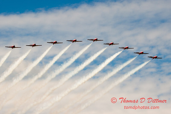 1765 - The RCAF Snowbirds performance at Wings over Waukegan 2012