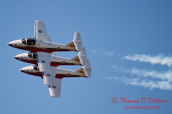 1516 - The RCAF Snowbirds performance at Wings over Waukegan 2012