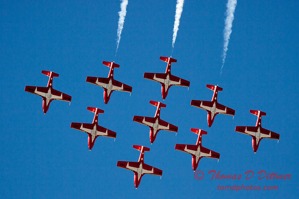 1359 - The RCAF Snowbirds performance at Wings over Waukegan 2012