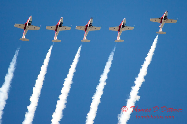1453 - The RCAF Snowbirds performance at Wings over Waukegan 2012