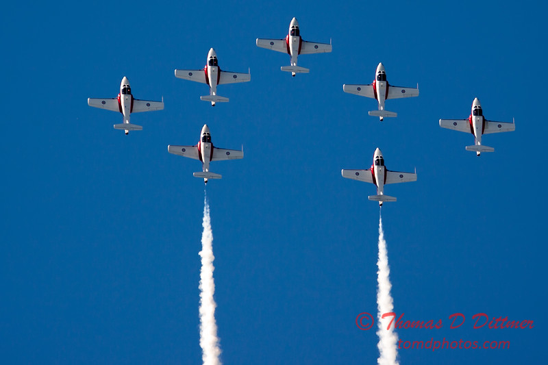 1639 - The RCAF Snowbirds performance at Wings over Waukegan 2012