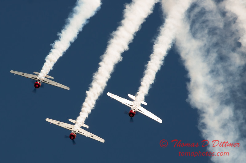 199 - Team Aerostar in Yakovlev Yak-52's perform at Wings over Waukegan 2012