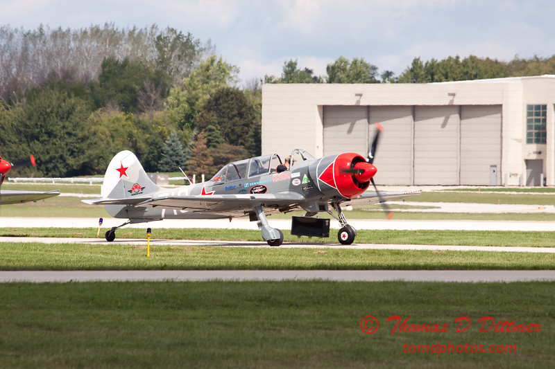 479 - Team Aerostar in Yakovlev Yak-52's perform at Wings over Waukegan 2012