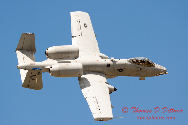 707 - A-10 East performs at Wings over Waukegan 2012