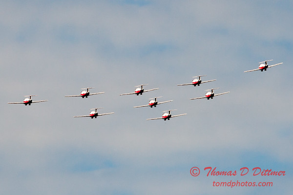 1730 - The RCAF Snowbirds performance at Wings over Waukegan 2012