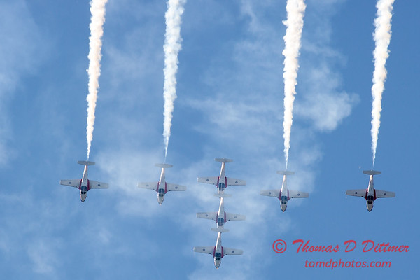 1693 - The RCAF Snowbirds performance at Wings over Waukegan 2012