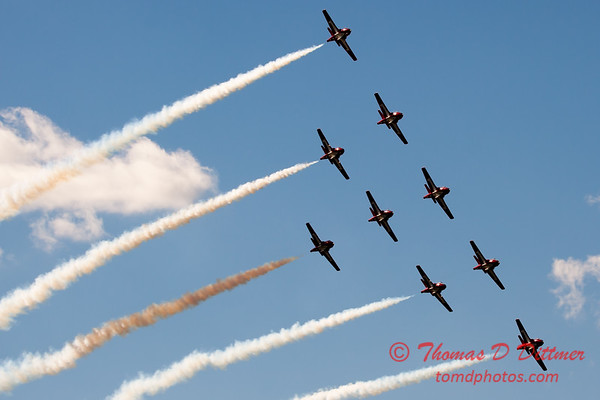1720 - The RCAF Snowbirds performance at Wings over Waukegan 2012