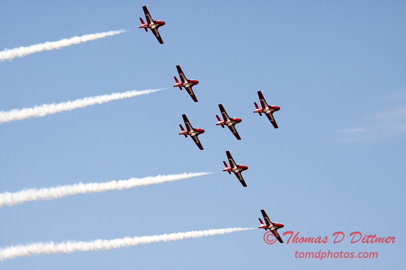 1708 - The RCAF Snowbirds performance at Wings over Waukegan 2012