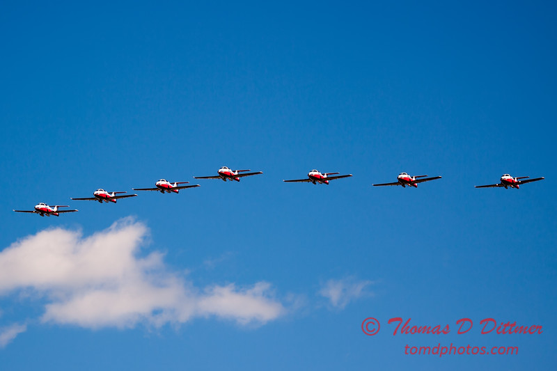 1581 - The RCAF Snowbirds performance at Wings over Waukegan 2012