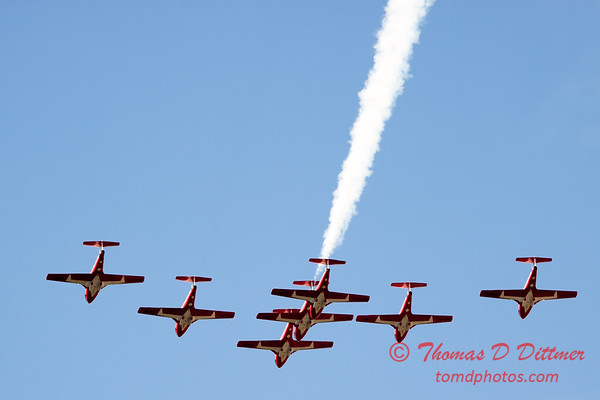 1660 - The RCAF Snowbirds performance at Wings over Waukegan 2012