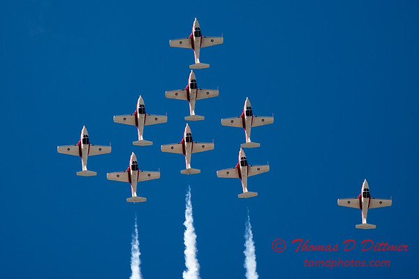 1416 - The RCAF Snowbirds performance at Wings over Waukegan 2012