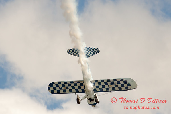 144 - Dave Dacy in his Boeing PT-17 Stearman perform at Wings over Waukegan 2012