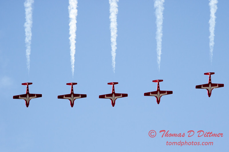 1474 - The RCAF Snowbirds performance at Wings over Waukegan 2012