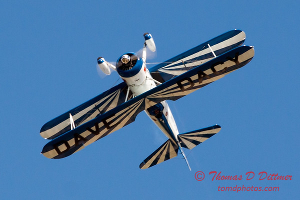 174 - Dave Dacy and his Boeing PT-17 Stearman perform at Wings over Waukegan 2012