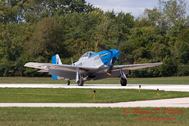 934 - Vlado Lenoch and his P-51 returns to earth at Wings over Waukegan 2012