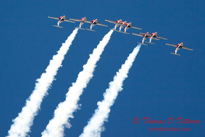 1348 - The RCAF Snowbirds performance at Wings over Waukegan 2012